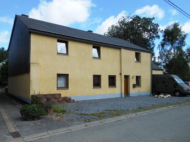 Neufchâteau-Laherie maison 4 façades rénovée sur un terrain de 5 ares 20 ca
