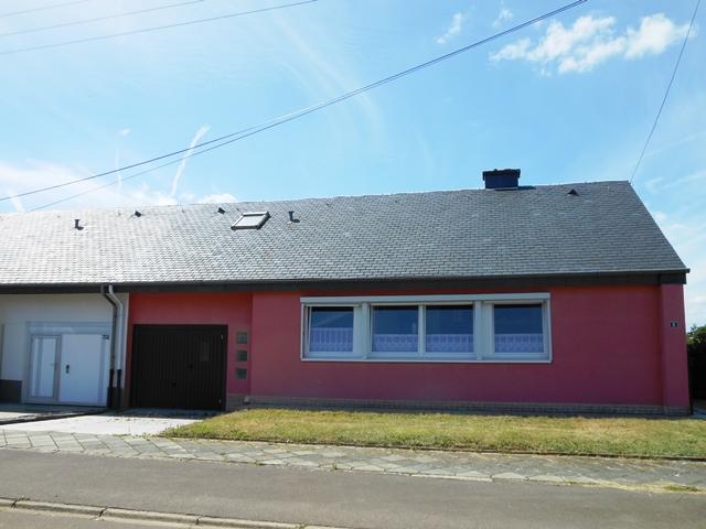 Arlon-Maison de plain-pied 3 façades dans un quartier résidentiel