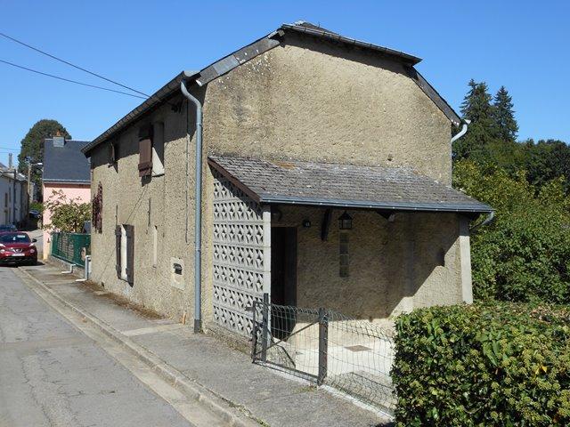 BUZENOL/ETALLE – Maison 2 chambres dans quartier calme
